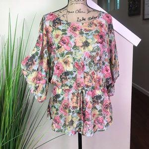 Beautiful Bobeau blouse with tie waist